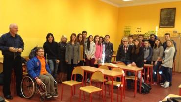 Uczniowie klasy II D liceum uczestniczyli w wykładzie Pana Profesora Macieja Mikuły