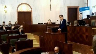 Uczeń klasy trzeciej MYP Jakub Ludwig wśród najlepszych mówców Polski.