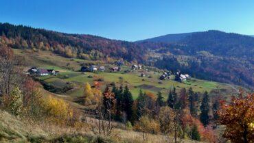 Szkolne kółko turystyczne zaprasza na rajd górski w sobotę 2 października 2021 r.
